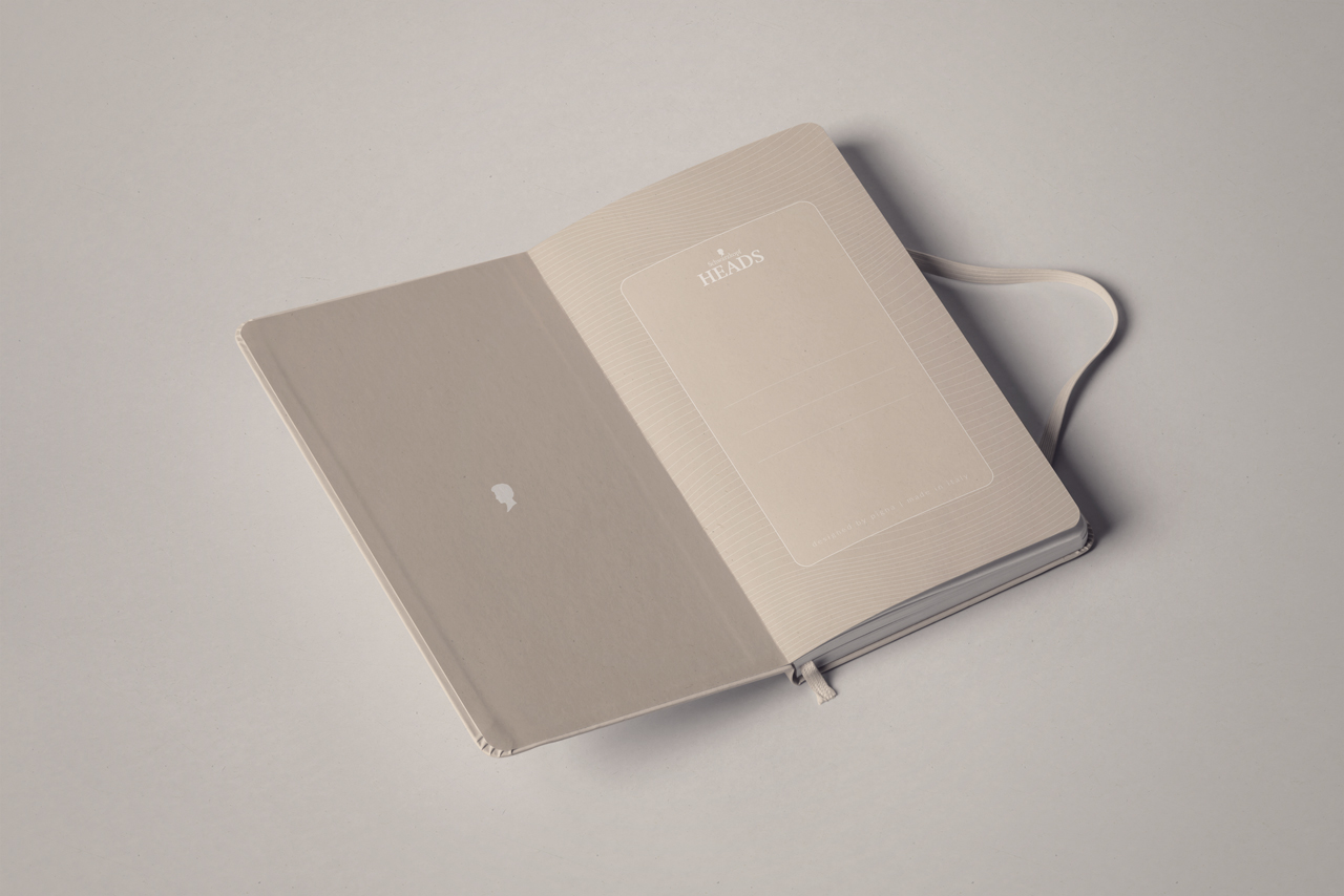 02_mockup_notebook_testanera